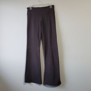 Lululemon size 6 reversible flare pants
